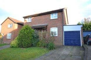 2 Bedrooms Semi Detached House for sale in Ashenden Walk, Tunbridge Wells, Kent