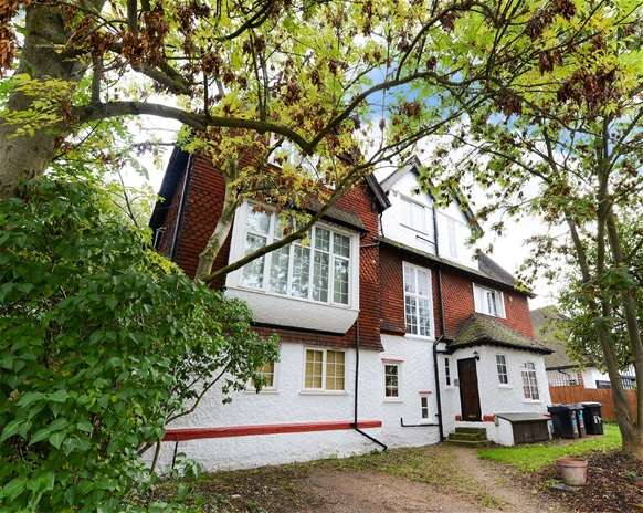 1 Bedroom Flat for sale in Chatsworth Road, Croydon