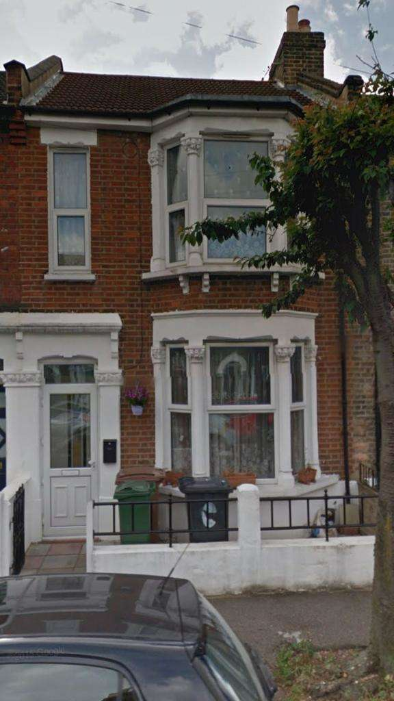 5 Bedrooms Terraced House for rent in Oakdale Road, London E11