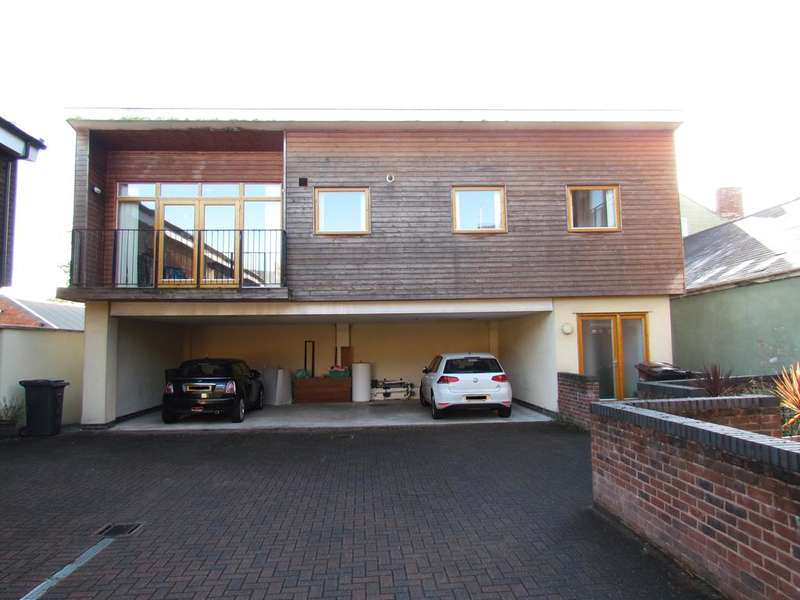 2 Bedrooms Apartment Flat for sale in Middleton Road, Oswestry SY11
