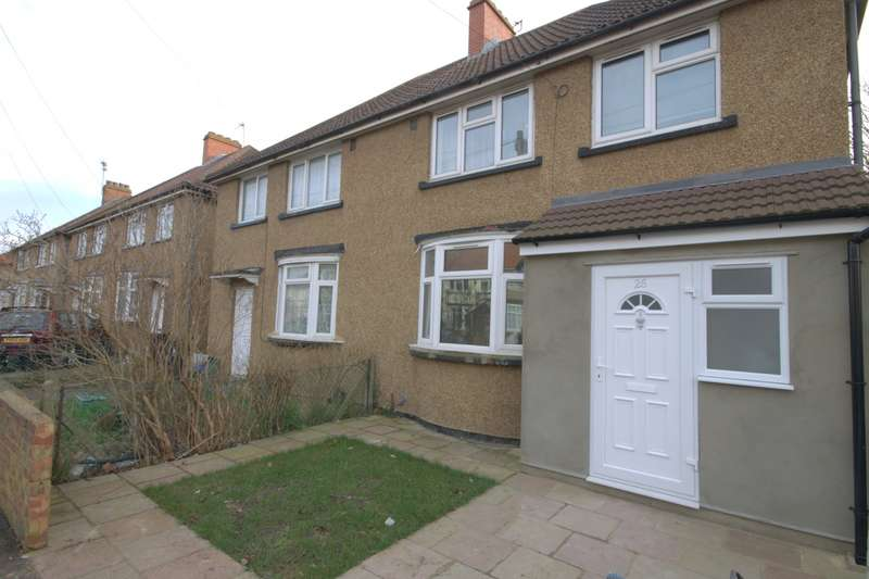 3 Bedrooms Semi Detached House for sale in Percival Road, Feltham, TW13