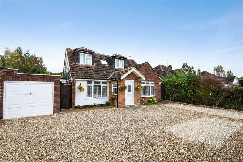 4 Bedrooms Chalet House for sale in Fennels Farm Road, Flackwell Heath, Buckinghamshire