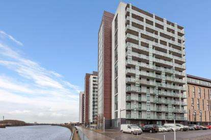 1 Bedroom Flat for sale in Castlebank Place, Glasgow Harbour