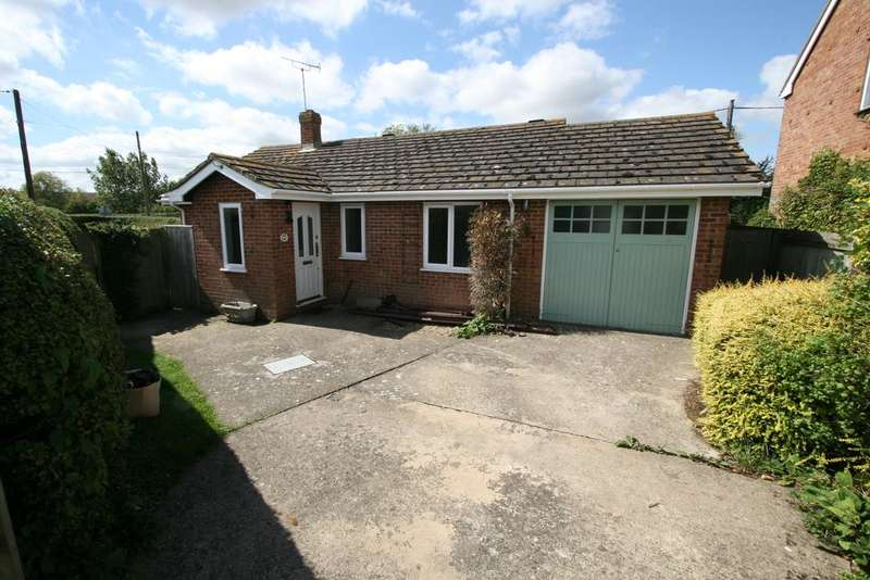 2 Bedrooms Detached Bungalow for sale in Lower road, Woodchurch TN26
