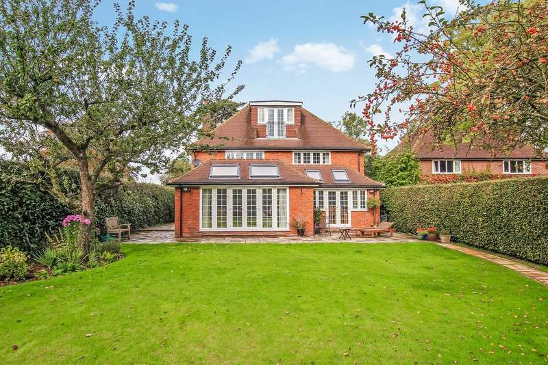 5 Bedrooms Detached House for sale in Hudnall Lane, Little Gaddesden HP4
