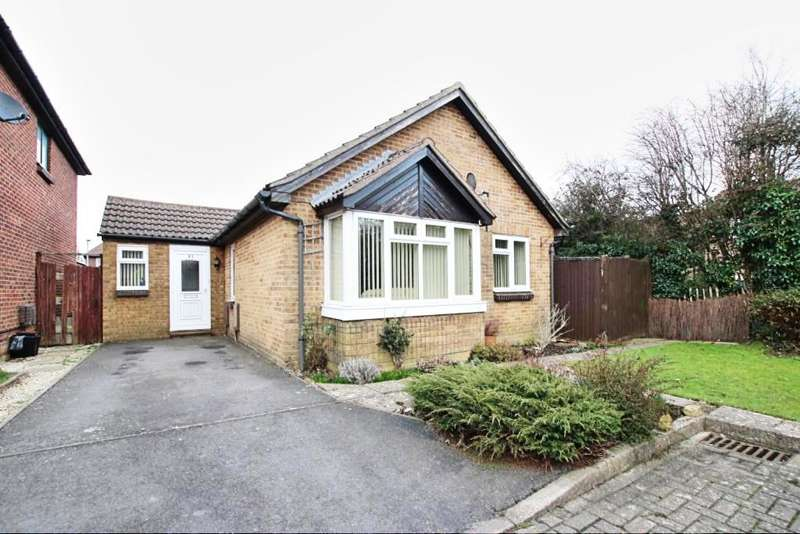 3 Bedrooms Detached Bungalow for sale in The Stiles, Hailsham BN27