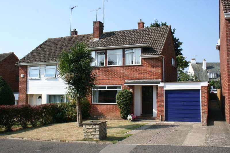 3 Bedrooms Semi Detached House for sale in Belmont Close, Barming, Maidstone ME16