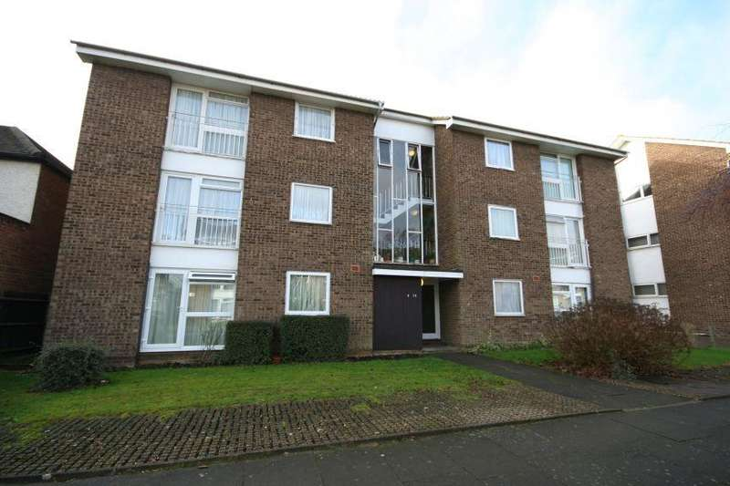 2 Bedrooms Flat for sale in Lulworth Avenue, South Kenton HA9