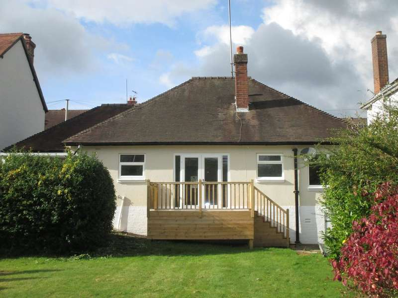 3 Bedrooms Detached Bungalow for sale in 7 CENTRAL AVENUE, CHURCH STRETTON SY6 6EE
