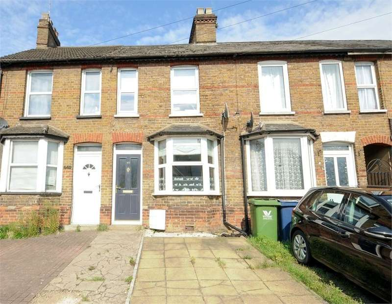 2 Bedrooms Terraced House for sale in London Road, High Wycombe, Buckinghamshire