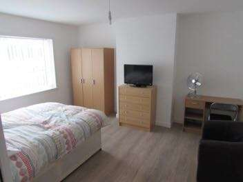 4 Bedrooms End Of Terrace House for rent in Boaler Street, Kensington, Liverpool, L6