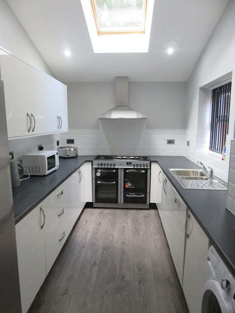 5 Bedrooms End Of Terrace House for rent in Redgrave Street, Kensington, Liverpool, L7