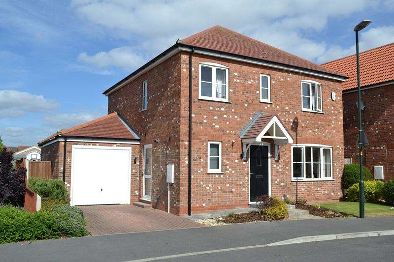 4 Bedrooms Detached House for sale in Cottesmore Road, Cleethorpes DN35