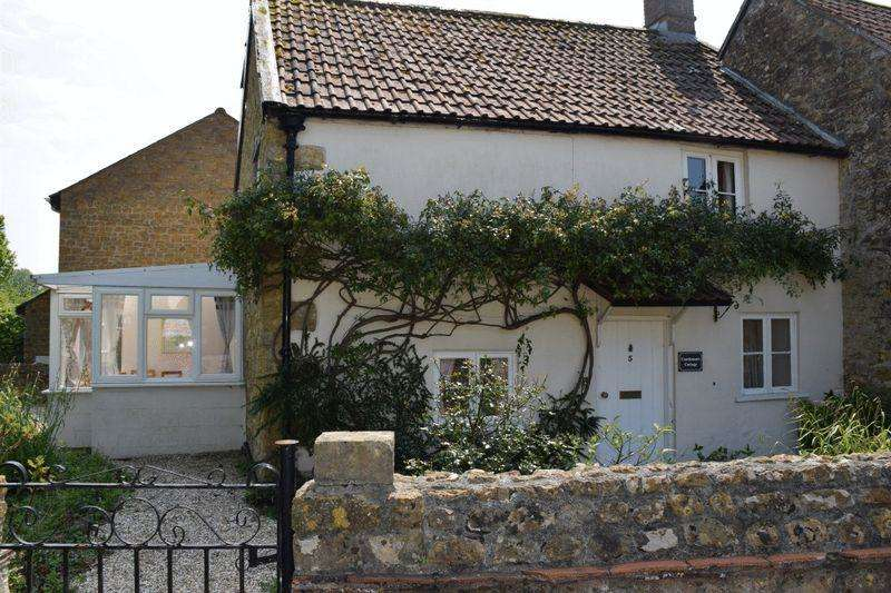 2 Bedrooms Cottage House for sale in CHARACTER COTTAGE IN BEAMINSTER