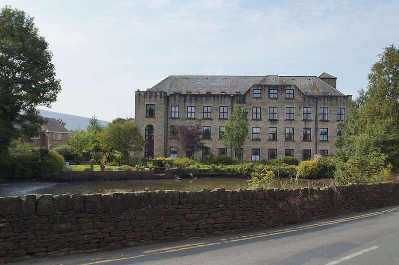 1 Bedroom Retirement Property for sale in Willowbank, Uppermill, Oldham OL3