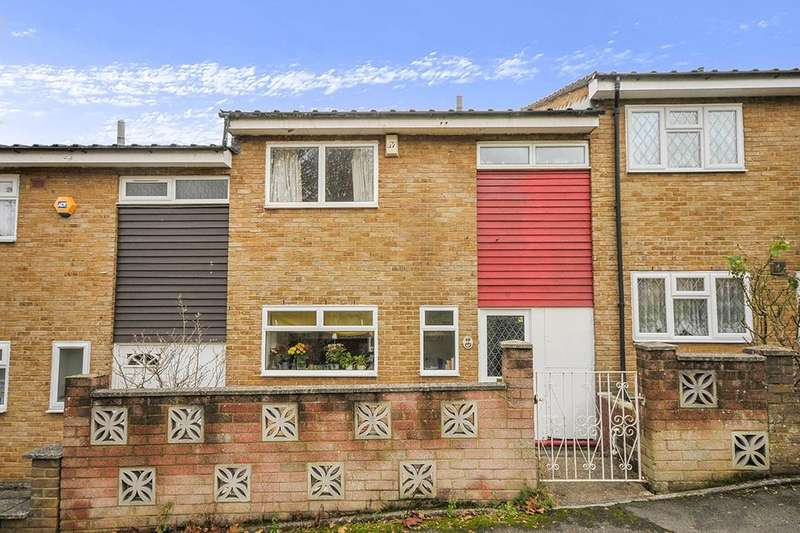 3 Bedrooms Property for sale in Dargate Close, London, SE19