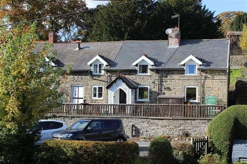 4 Bedrooms Detached House for sale in Church Lane, Llandinam, Llandinam