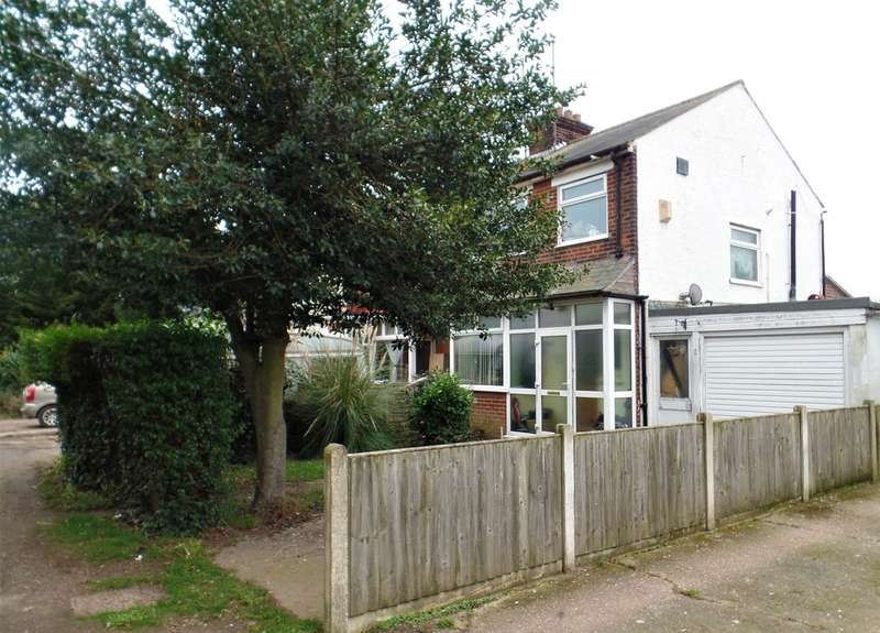 3 Bedrooms Semi Detached House for sale in Northbourne Road, East Clacton