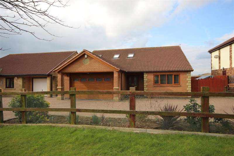 4 Bedrooms Detached Bungalow for sale in Kielder Avenue, Cramlington, Northumberland NE23