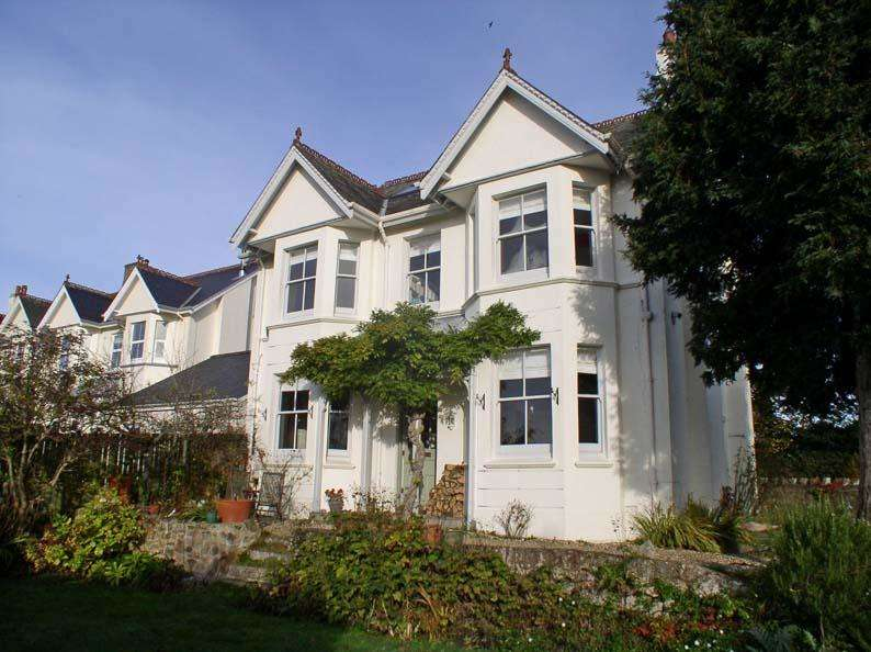 5 Bedrooms Detached House for sale in Exeter Road, Moretonhampstead TQ13