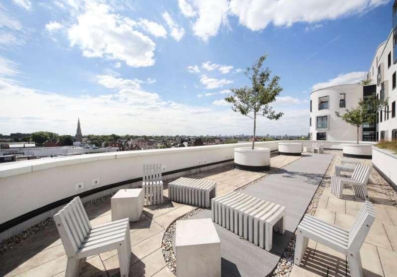 1 Bedroom Property for sale in St. Luke's Avenue, London, SW4 7EA