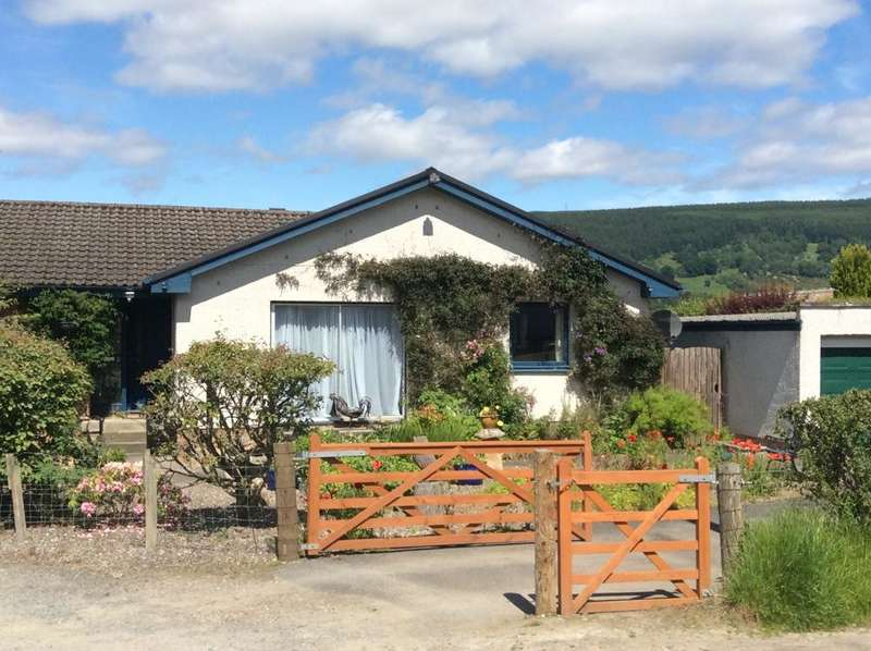 5 Bedrooms Detached Bungalow for sale in Borlick Road, Aberfeldy PH15