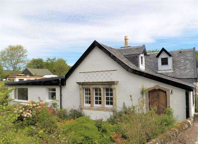2 Bedrooms Cottage House for sale in Burnside Cottage, Saddell, by Campbeltown, PA28 6QS