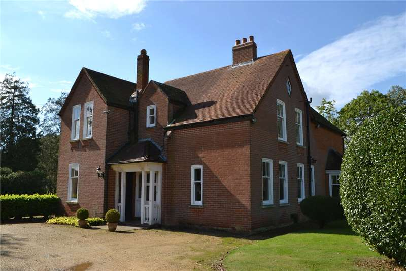 4 Bedrooms Detached House for sale in Bashley Cross Road, New Milton, Hampshire, BH25