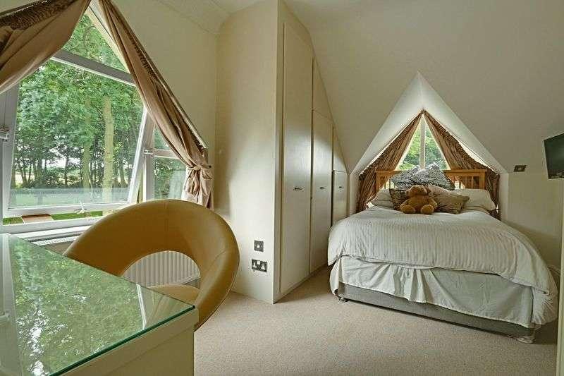 2 Bedrooms Detached House for sale in Riplingham Road, West Ella