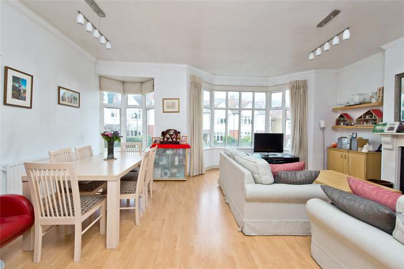 2 Bedrooms Flat for sale in Vineyard Hill Road, London, SW19