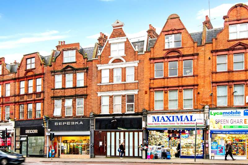 House for sale in Finchley Road, Hampstead