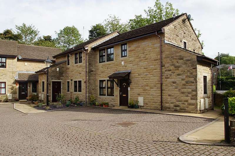 1 Bedroom Ground Flat for sale in Outram Mews, Uppermill OL3