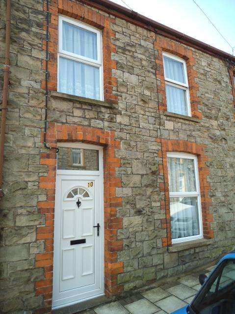2 Bedrooms Terraced House for sale in Green Street, Bridgend CF31