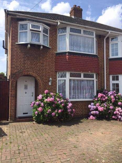 5 Bedrooms Semi Detached House for rent in Uxbridge ub10