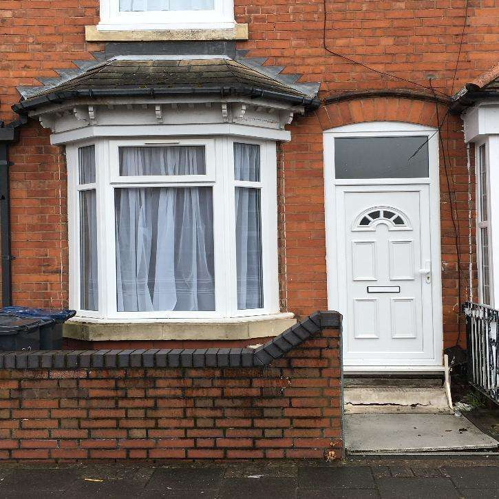3 Bedrooms Terraced House for sale in Mountford Street, Sparkhill, Birmingham B11