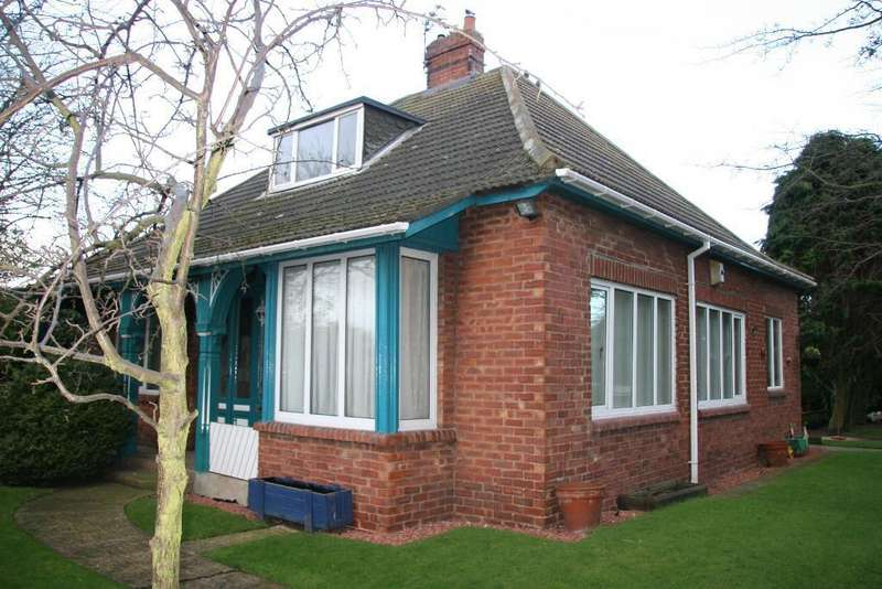 3 Bedrooms Bungalow for sale in Cheviot View, Ashington, Northumberland, NE63 9ER