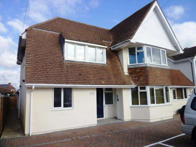 1 Bedroom Flat for sale in Borthwick House, Longlands Road, East Wittering PO20