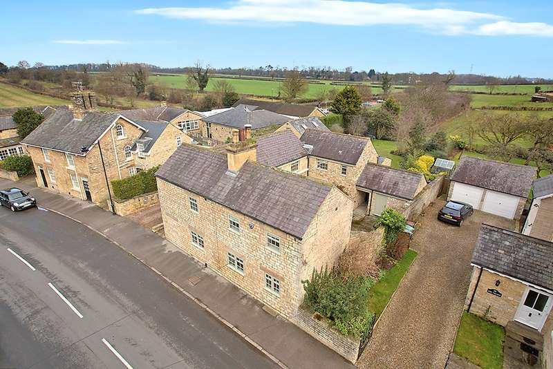 4 Bedrooms Detached House for sale in The Village, Thorp Arch, Wetherby, LS23