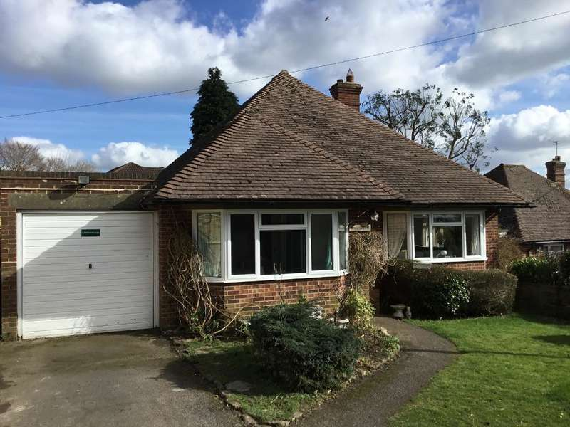 3 Bedrooms Detached House for sale in Green Lane, Heathfield, E.Sussex, TN21 8EW