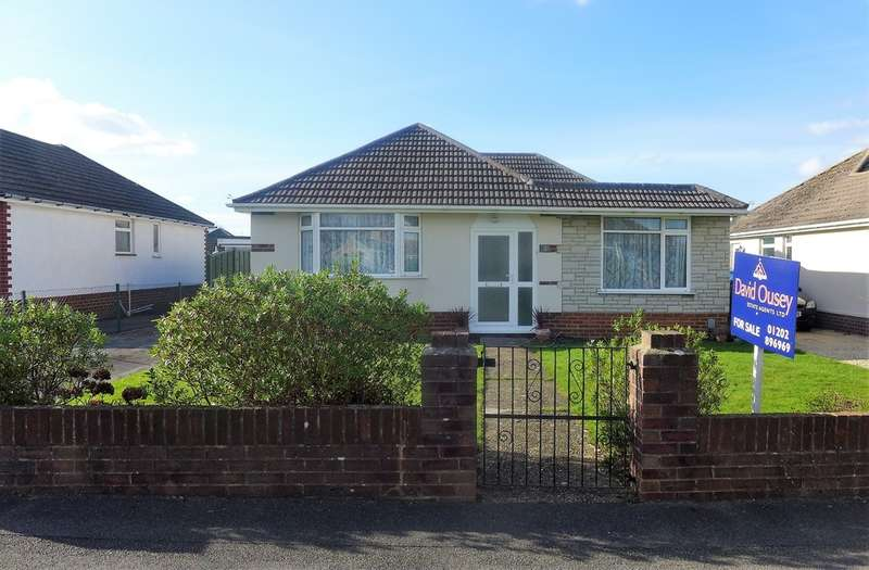 3 Bedrooms Detached Bungalow for sale in BEAR CROSS