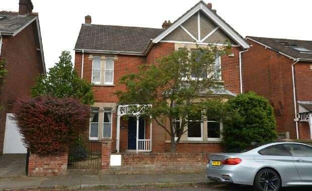 6 Bedrooms Detached House for sale in Victoria Road, Salisbury