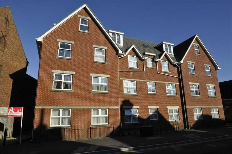 2 Bedrooms Flat for sale in 106 Seabourne Road, BOURNEMOUTH, Dorset