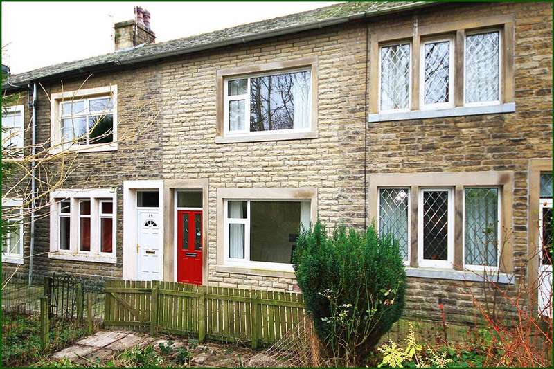 2 Bedrooms Terraced House for sale in West Close Road, Barnoldswick BB18