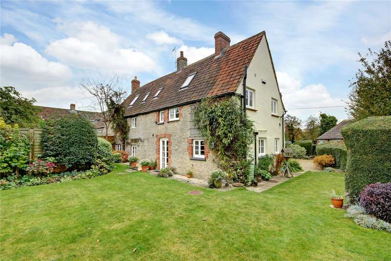 5 Bedrooms House for sale in The Street, Hullavington, Chippenham, Wiltshire, SN14