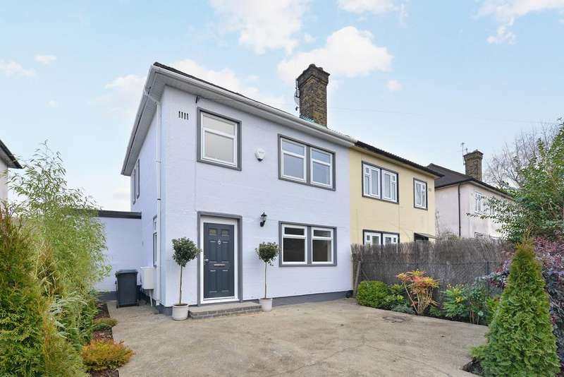 4 Bedrooms Semi Detached House for sale in Durnsford Road, Bounds Green, London