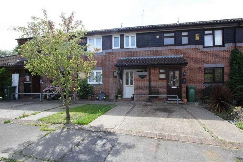 2 Bedrooms Terraced House for sale in Dolphin Gardens, Billericay, Essex, CM12 0XH