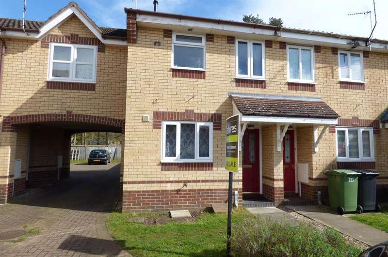 2 Bedrooms Terraced House for sale in Rosecroft Way, Thetford