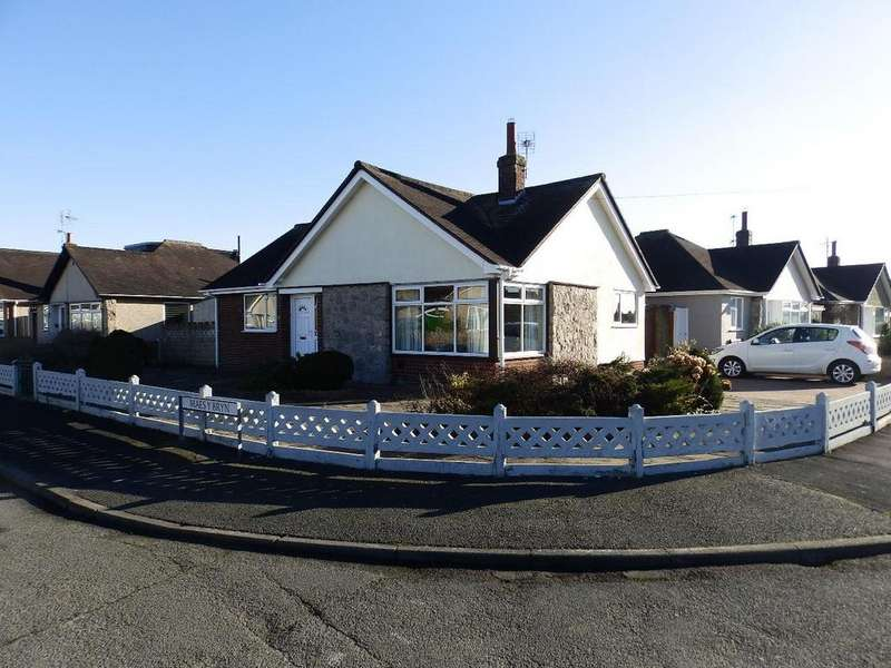 3 Bedrooms Detached Bungalow for sale in Maes Y Bryn, Rhuddlan
