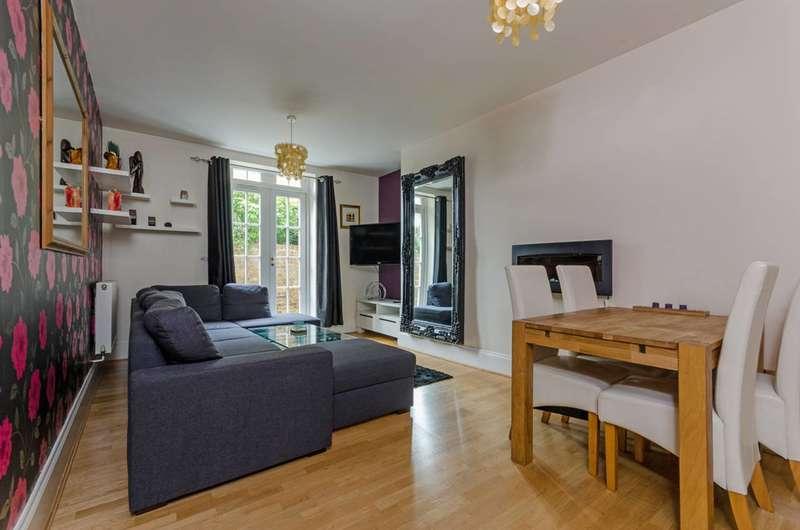 2 Bedrooms Flat for sale in Friern Barnet, Friern Barnet, N11