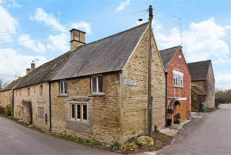 4 Bedrooms End Of Terrace House for sale in Lower Oddington, Gloucestershire